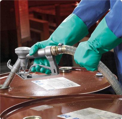 В253 Перчатки СОЛВЕКС 37-675 химически стойкие